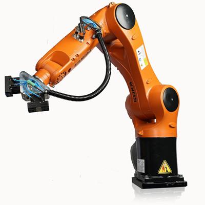 KUKAロボット