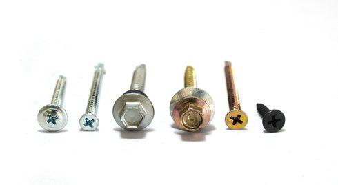 ネジ穴検査の自動化で効率アップ!装置の種類や特徴、代表メーカー4選